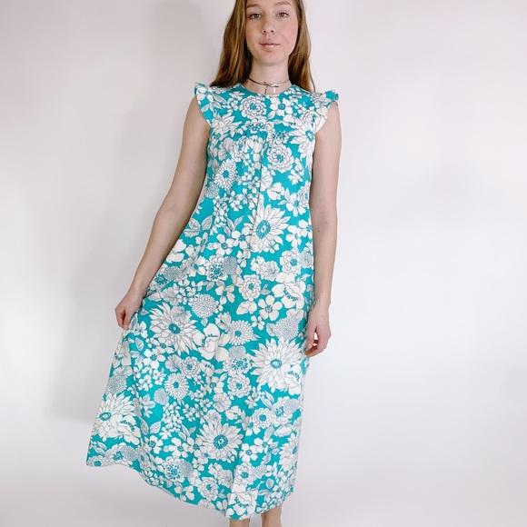 Vintage Dresses & Skirts - Vintage 60s Floral Hawaii Ruffle Babydoll Maxi